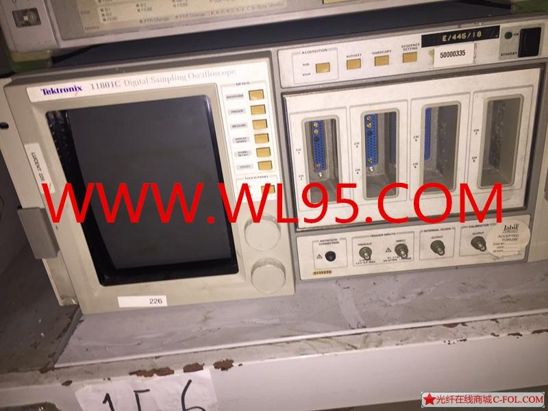 泰克11801C  模拟示波器
