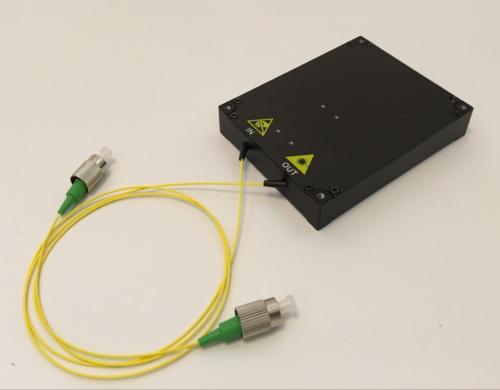 C波段前置掺铒光纤放大器