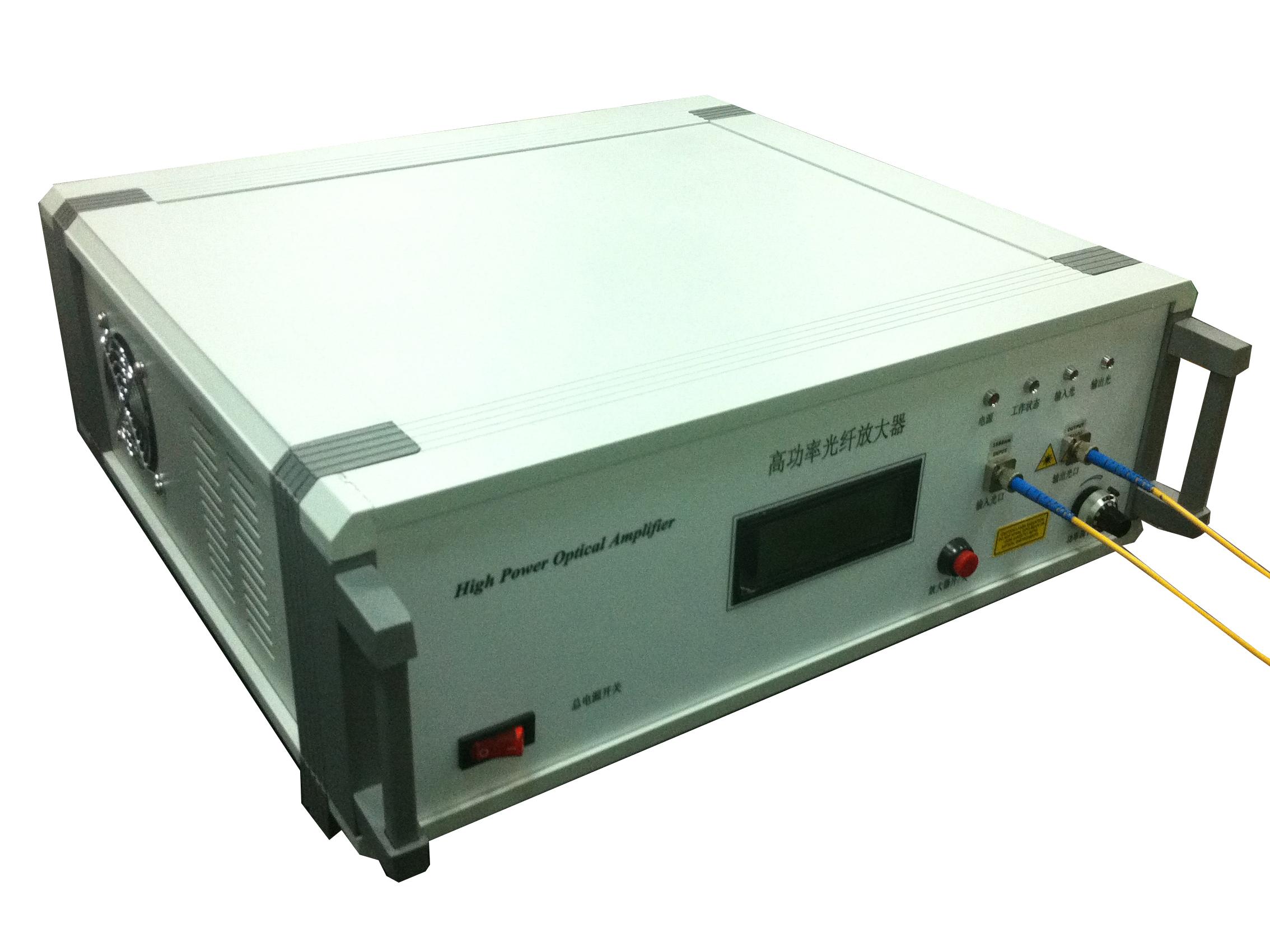 高功率泵光源